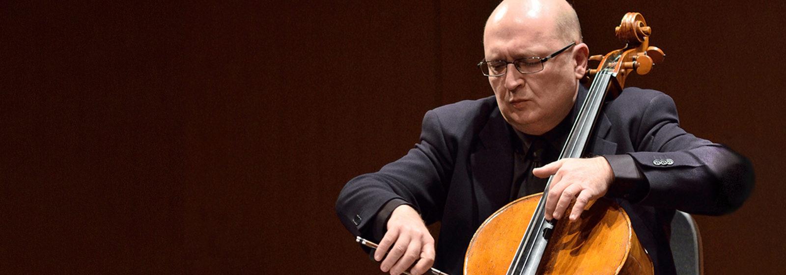 Suren Bagratuni és a Nemzeti Filharmonikus Zenekar