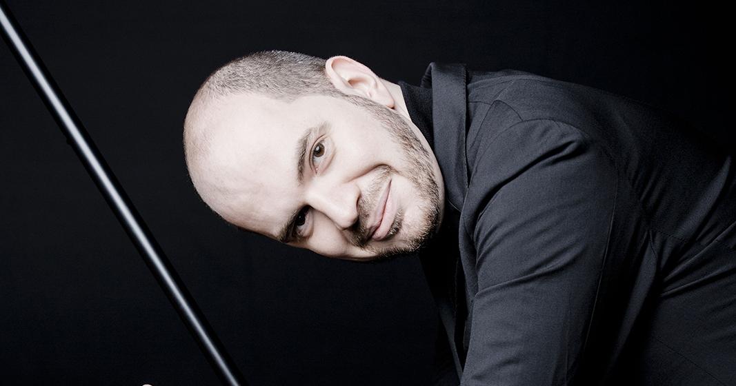 Kirill Gerstein (zongora) és a Nemzeti Filharmonikus Zenekar